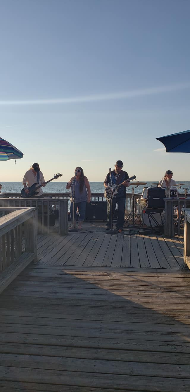 Second Hand Dogs on the pier at 3rd Thursday Music in Vermilion Ohio